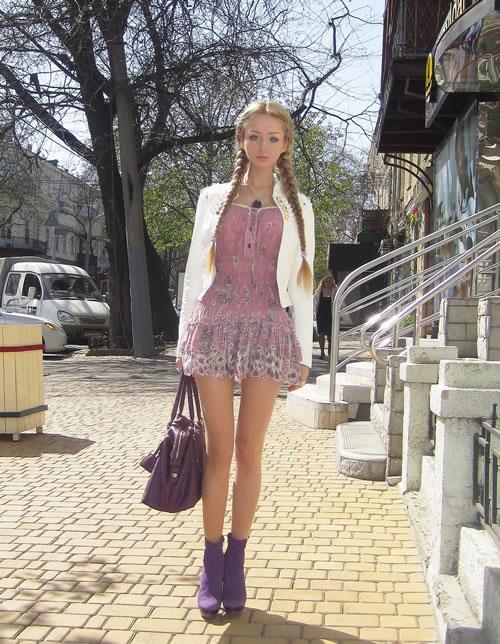 Valeria Lukyanova barbie (16)