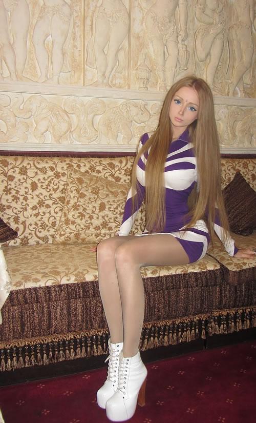 Valeria Lukyanova barbie (11)