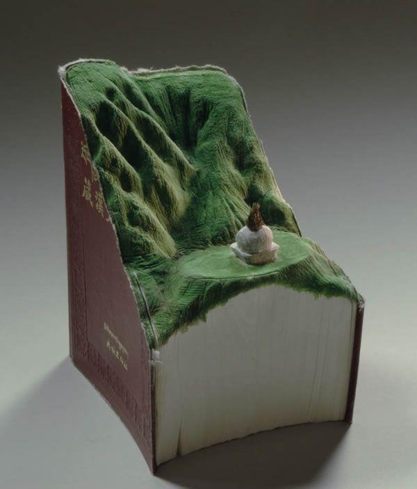 esculturas esculpidas en libros (10)