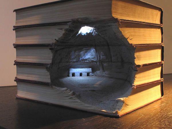 esculturas esculpidas en libros (14)