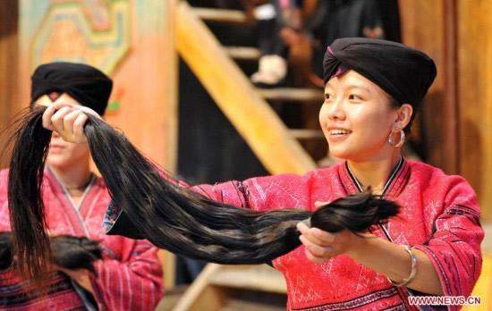 mujeres Huangluo pelo