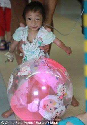 La niña más pequeña del mundo (5)