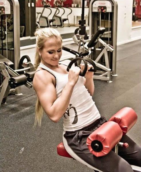 Sarah Backman, una chica fuerte (25)