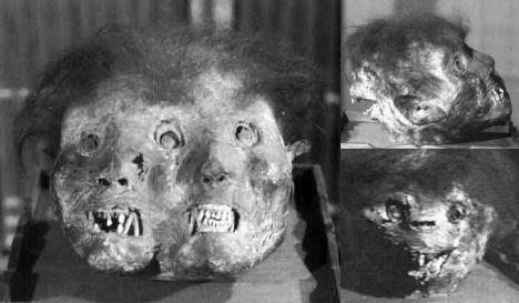 demonio tres rostros