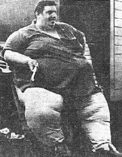 Jon Brower Minnoch el hombre más pesado de la historia