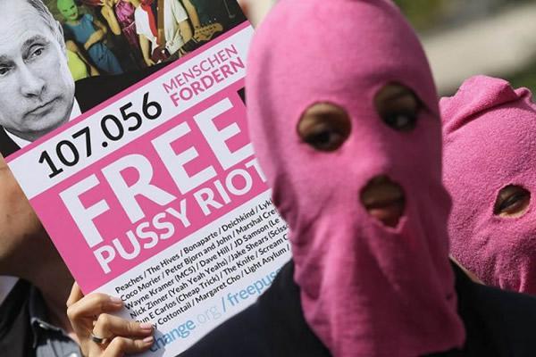 Pussy Riot manifestaciones (9)