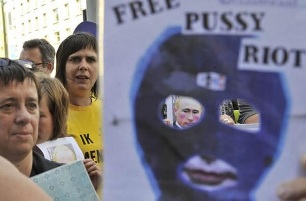 Pussy Riot manifestaciones (8)