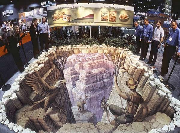 Pinturas 3d sobre pavimento de kurt wenner marcianos for Ilusiones opticas en el suelo