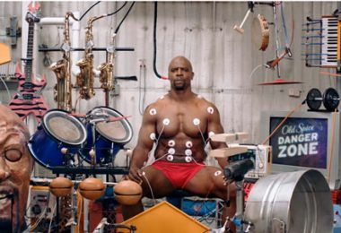 Terry Crews en Old Spice Muscle Music
