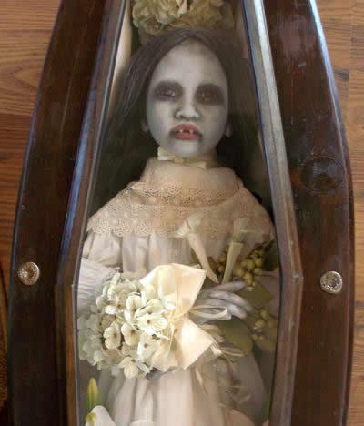Dead Dolls D.L. Marian (20)