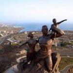 Monumento renacimiento africano ¿simbolo de locura o grandeza? (15)