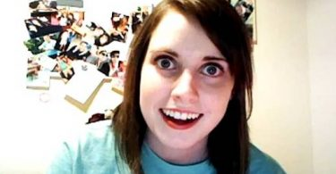 Overly Attached Girlfriend - Novia Psicopata meme