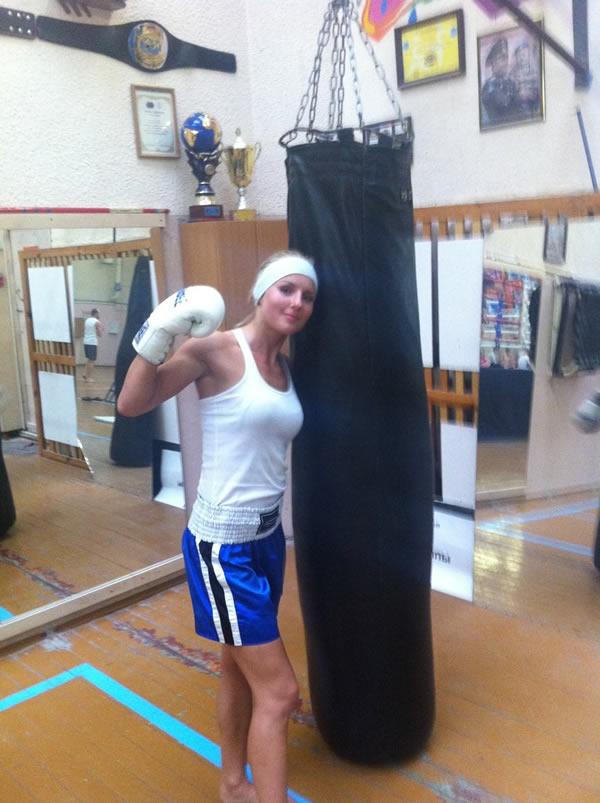 Catherine Vandareva peleadora (2)
