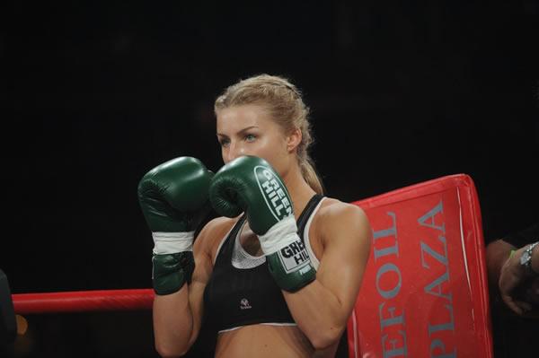 Catherine Vandareva peleadora (9)