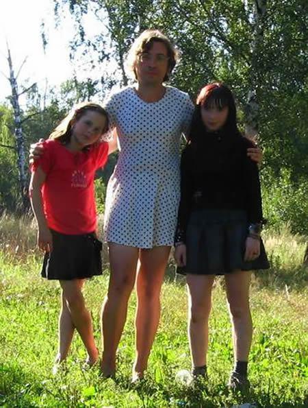 faldas y vestidos de Vladimir Fomin (11)