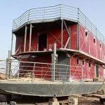 Chino construye un arca para el apocalipsis maya