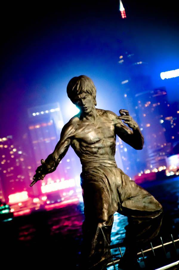 Estatua Bruce Lee (8)