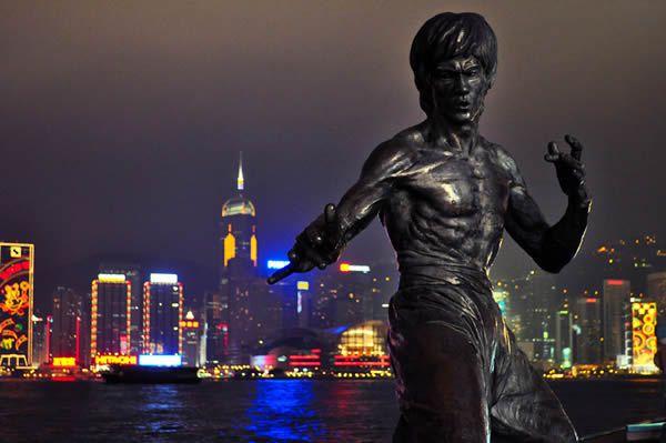 Estatua Bruce Lee (7)