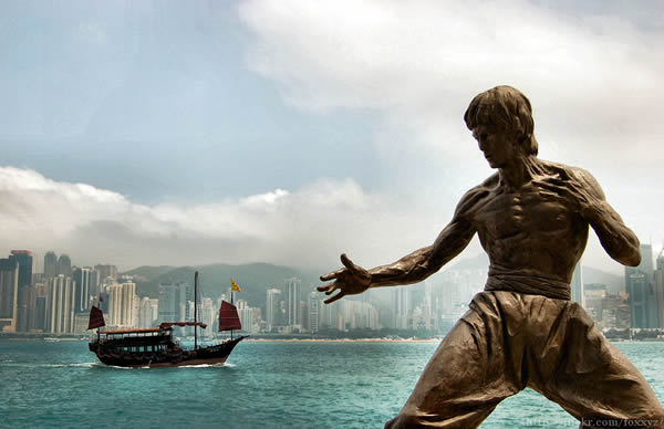 Estatua Bruce Lee (1)
