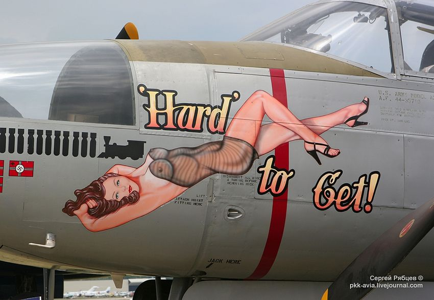 Nose Art paintings Fuerza Aérea (30)