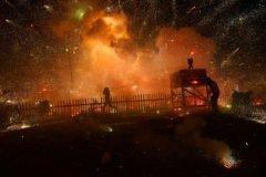Explosión durante el festival del globo en Birmania
