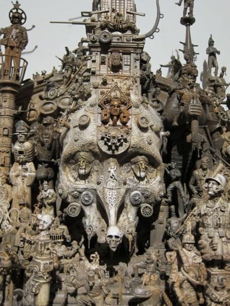 Esculturas Kris Kuksi (14)