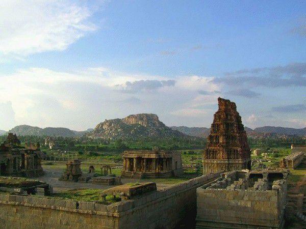 Maravillas arquitectónicas de la India (16)