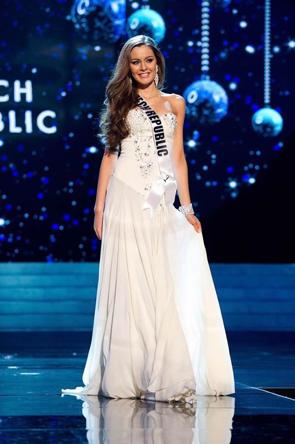 Miss Universo 2012 vestidos noche (27)