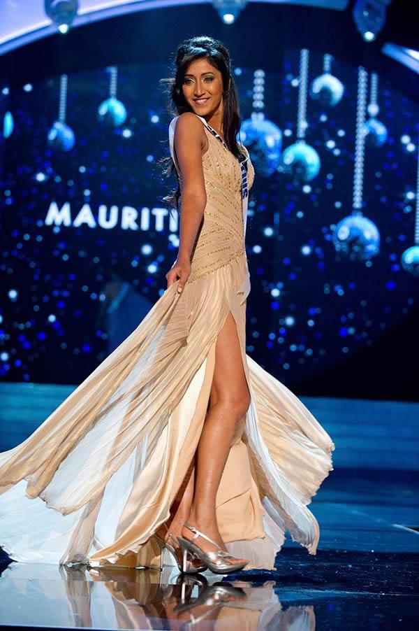 Miss Universo 2012 vestidos noche (49)