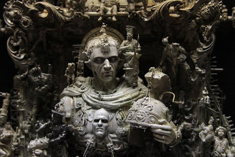 Esculturas Kris Kuksi (21)