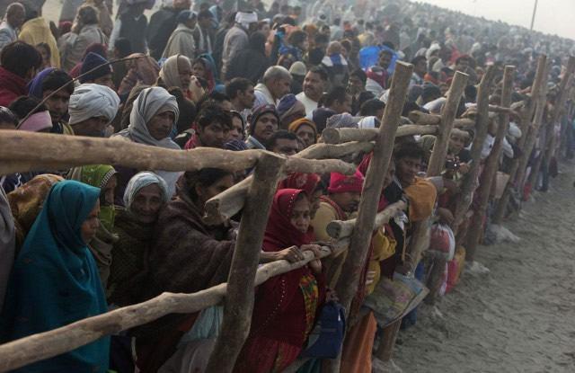 Maha Kumbh Mela peregrinacion 2013 (11)