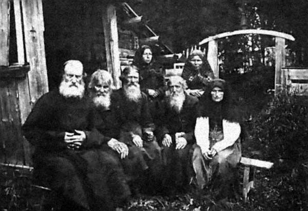 familia lykovs