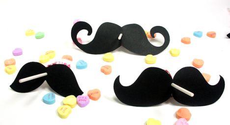 moustache pops