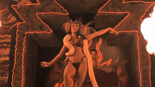 striptease salma hayek