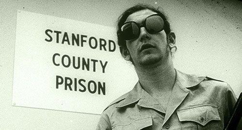 5 Experimentos psicológicos que muestran nuestro lado oscuro Stanford_prison_experiment
