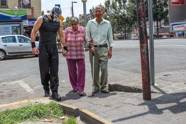 peatonito abuela