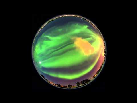 Video de una aurora boreal en curso