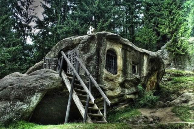 casas más raras y sorprendentes (10)