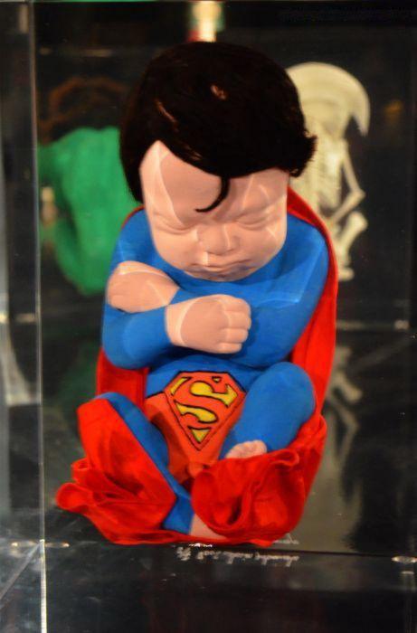 Superheroes embrionarios de Alexandre Nicolas (5)