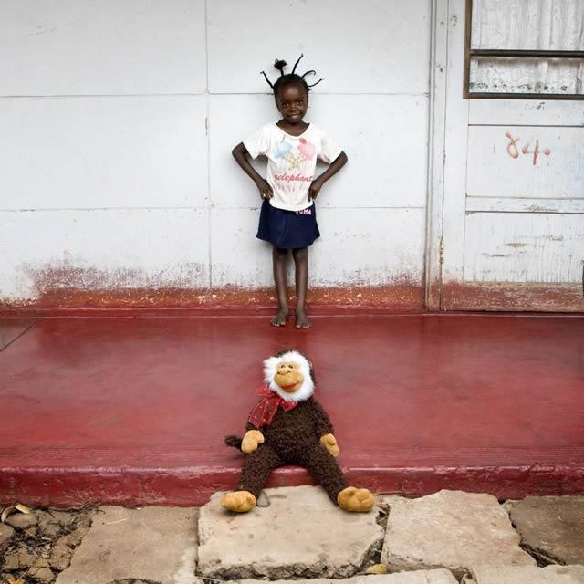 Juguetes niños mundo - Gabriele Galimberti (1)
