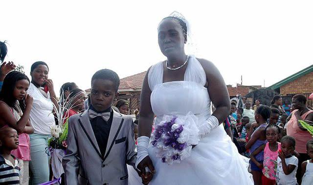 Niño de 8 años se casa con anciana de 61 (6)