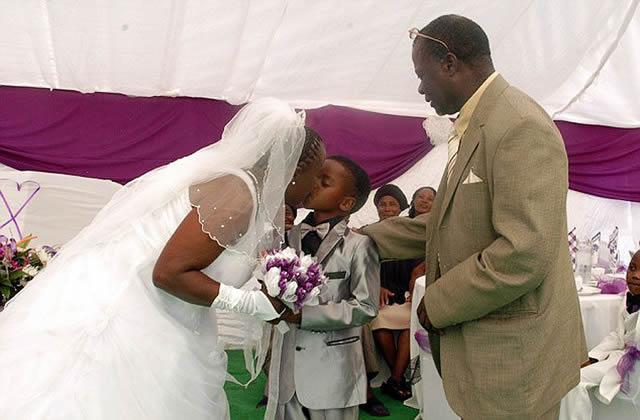 Niño de 8 años se casa con anciana de 61 (1)