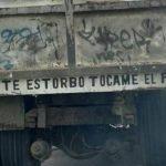 Frases en los parachoques de camiones