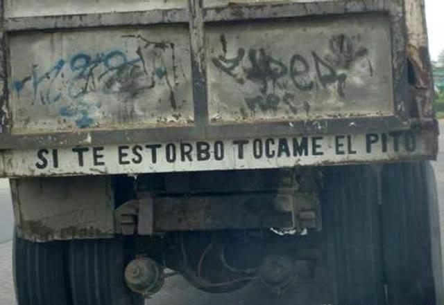 Frases En Los Parachoques De Camiones Marcianos