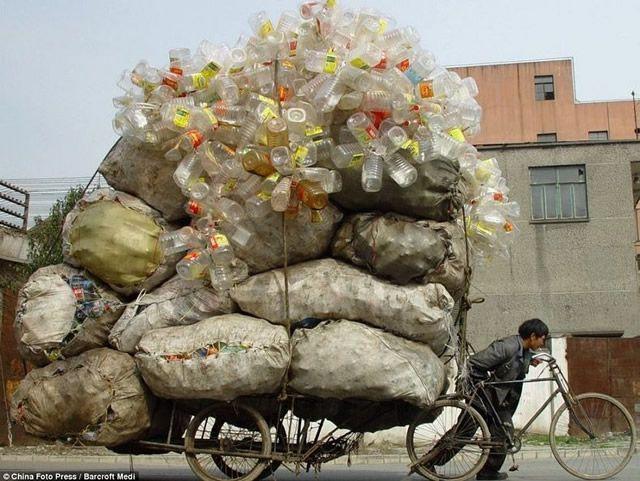 Vehículos sobrecargados en China (21)