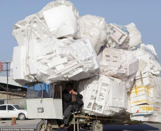 Vehículos sobrecargados en China (8)