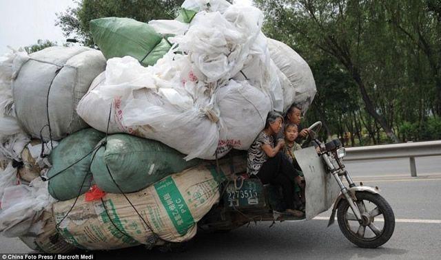 Vehículos sobrecargados en China (6)