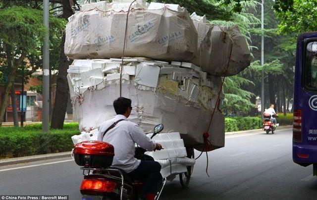 Vehículos sobrecargados en China (3)