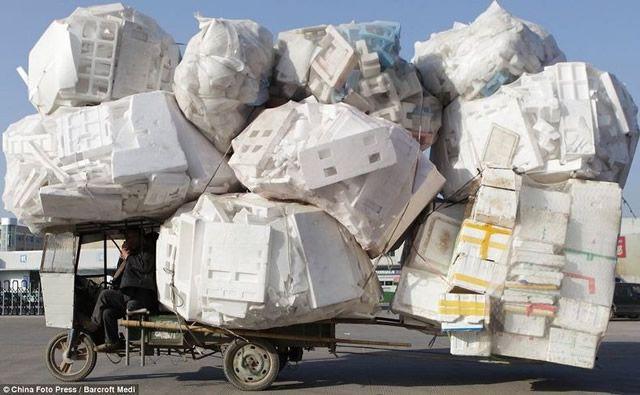 Vehículos sobrecargados en China (1)
