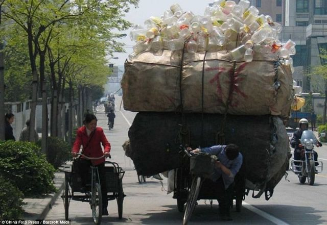 Vehículos sobrecargados en China (20)